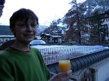 Bw_toasts_the_matterhorn